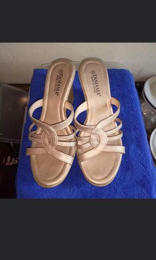 金色厚底涼拖鞋氣質