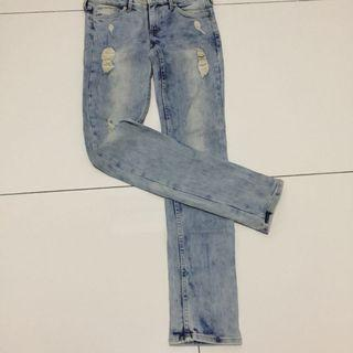 Hnm skinny low waist ripped jeans