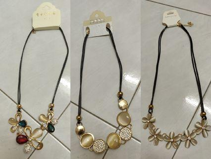 Necklaces set of 3(INCLUDE POSTAGE)