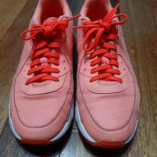 Nike Air Max 90 Ultra Essential Shoes Womens in Atomic Pink