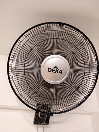 DEKA Wall fan