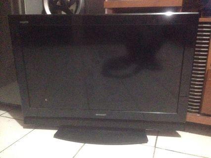 Televisi Sharp 32 inch