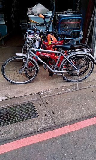 一一二手自行車共有三台每台200元需自取面交需預約0937-507-439