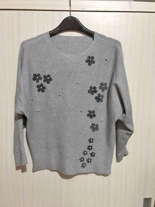 Flower top grey