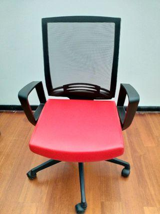 High Quality Comfortable Office Chair (3 Units) (Adjustable height)