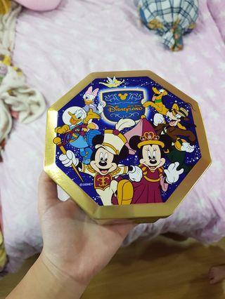 🚚 Disneyland Cookies Empty Tin