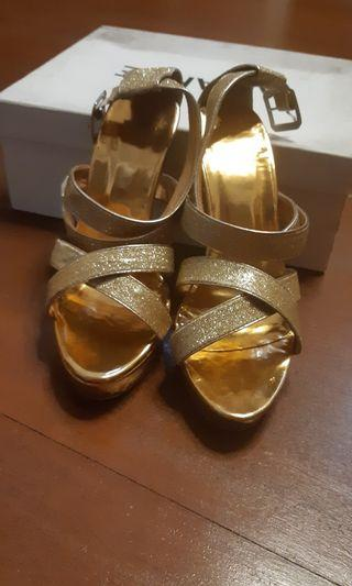 Amante Sepatu Heels