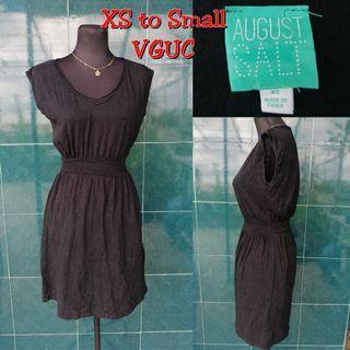 extra small to small black dress