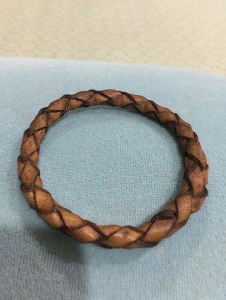 🚚 真皮造型手環