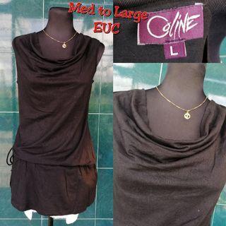 Medium to large sleeveless top