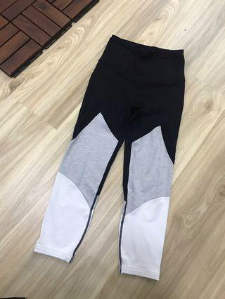 Selling off cotton on body pre-loved sports wear bottoms