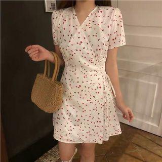 Summer flora deep v Floral Dress