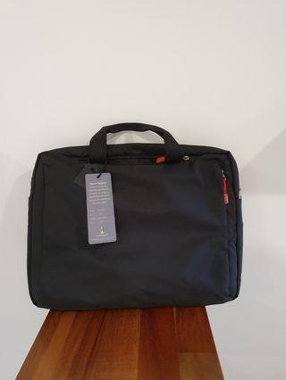 Hush Puppies 16.5 inch laptop bag