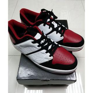 Jordan 1 nu retro low bred black toe og 12