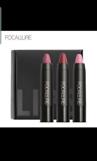 Matte lipstick Crayons 3 pc kit