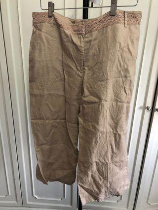 3/4 beige pants