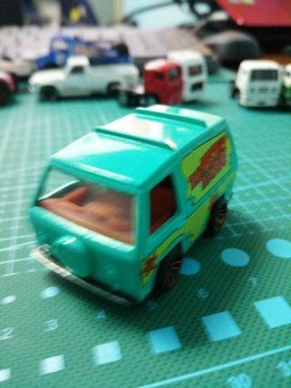 Hotwheels Scooby doo mystery machine