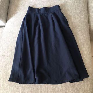 🚚 深藍色半身裙