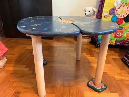 🚚 Kid's Play Table