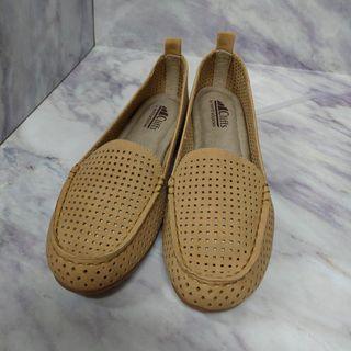 軟鞋墊休閒鞋