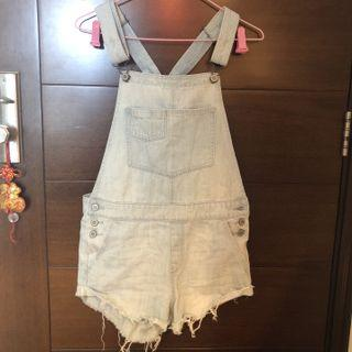 99% new Hollister light blue denim overalls 牛仔連身短褲