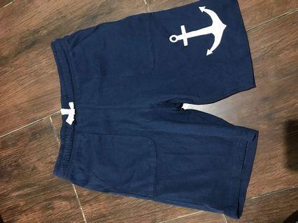 Celana pendek HnM