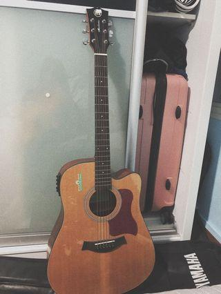 🚚 Acoustic Guitar With EQ