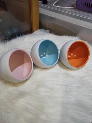 🚚 Hamster ceramic hideout.