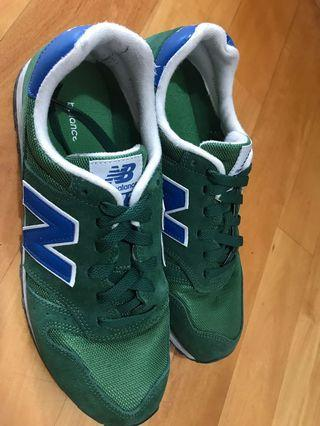 New Balance鞋