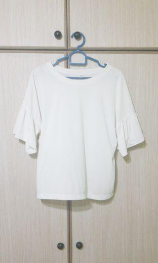 SALE - White Crop Top Uniqlo