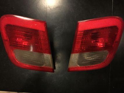 BMW 328i MODEL 1999-2000 INNER TAIL LIGHT