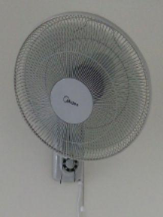 Midea Wall Fan (concealed bracket)