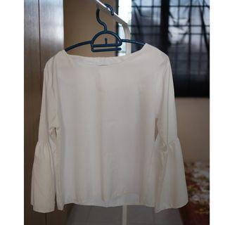 White long sleeve blouse (silk smooth)