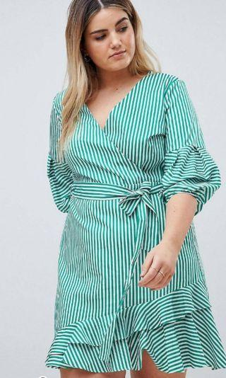 🚚 Plus size green striped wrap dress UK 22