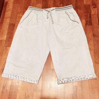 🚚 Blue folded cuff denim shorts/berms #MRTJurongEast