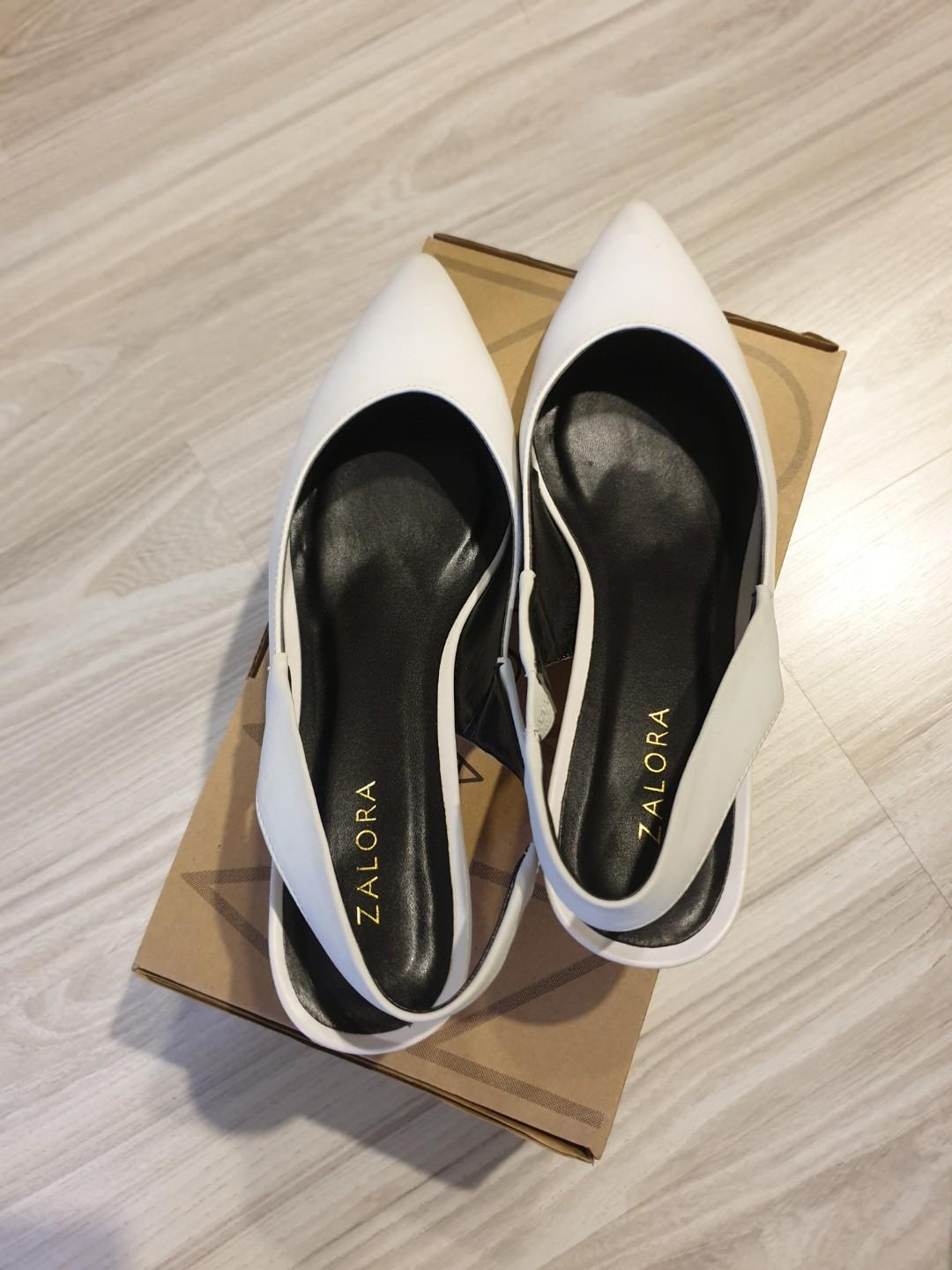 Basic Slingback Pumps (Light Grey)