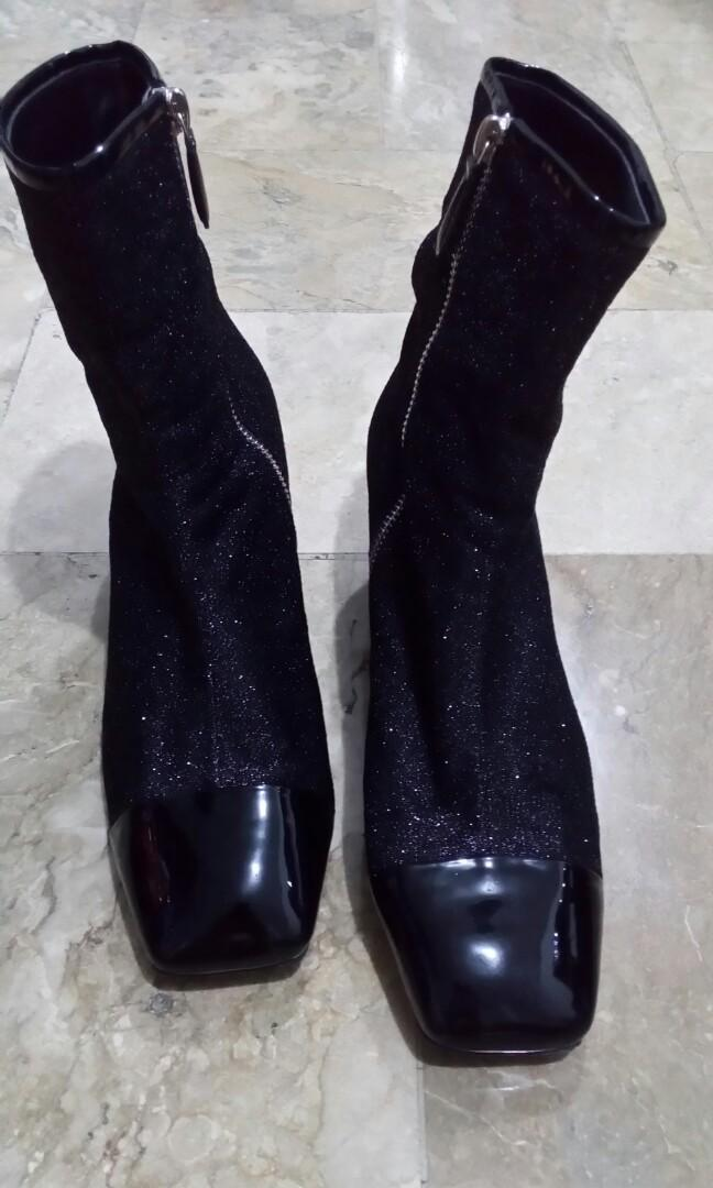 bbec42807c6e Chanel Milky Way Ankle Boots on Carousell