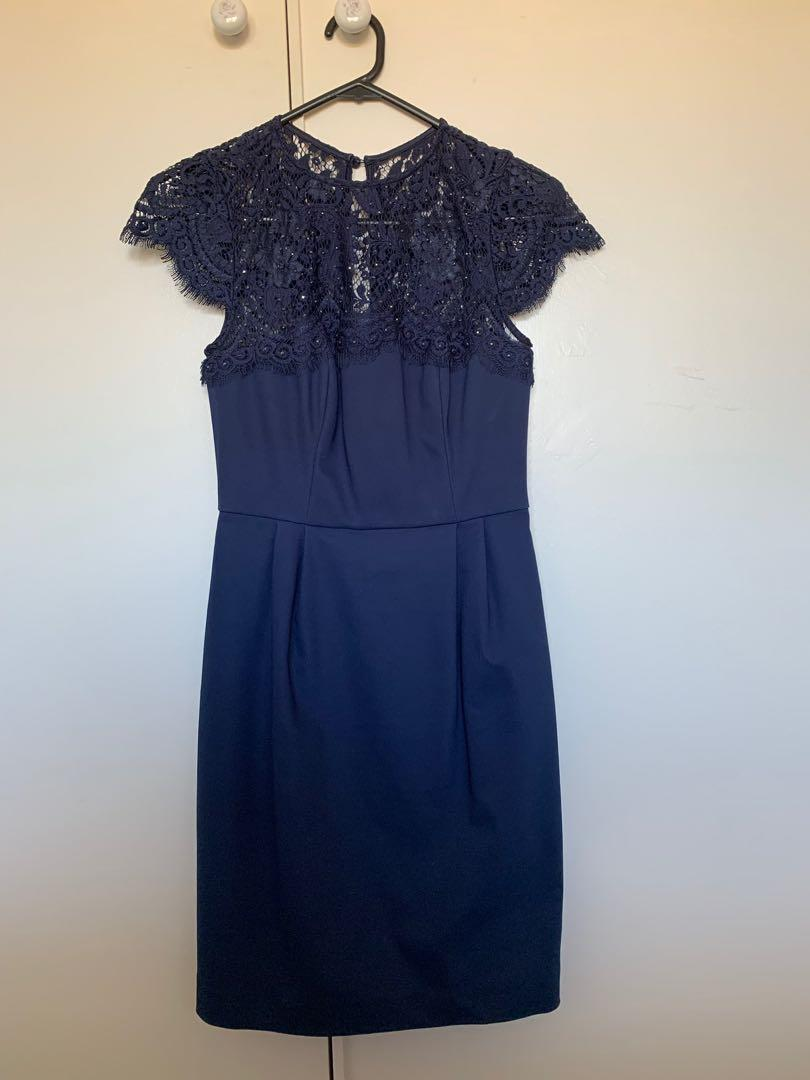 FOREVER NEW navy Lace formal dress - knee length - size AU 6