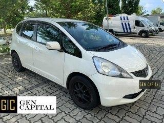 Honda Fit 1.4A • Best rates, full servicing provided!