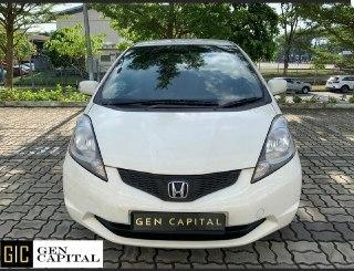 Honda Fit 1.4A • Lowest rental rates, good condition!