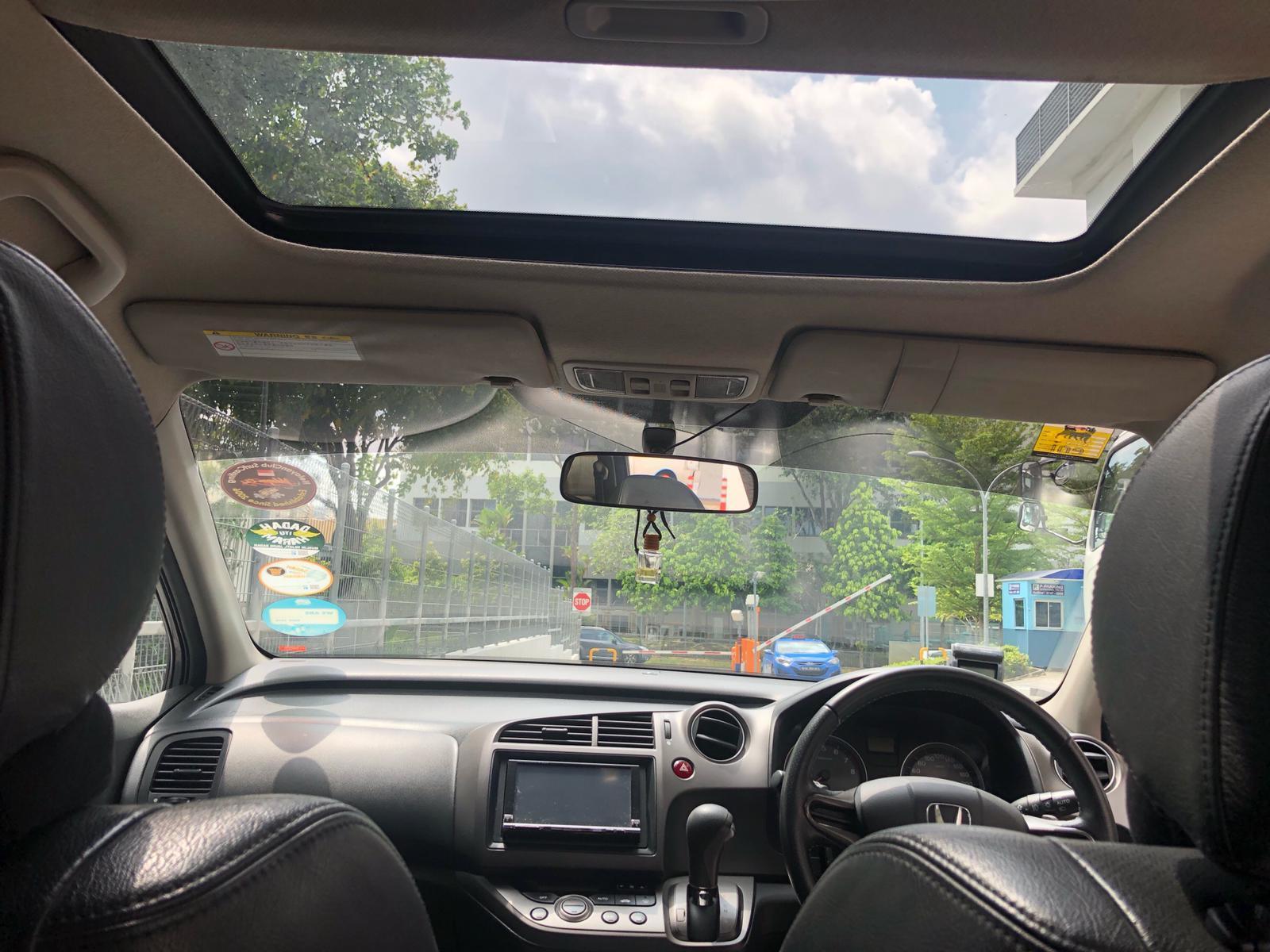 HONDA STREAM RSZ READY FOR GRAB GOJEK PHV/PERSONAL CAR RENTAL