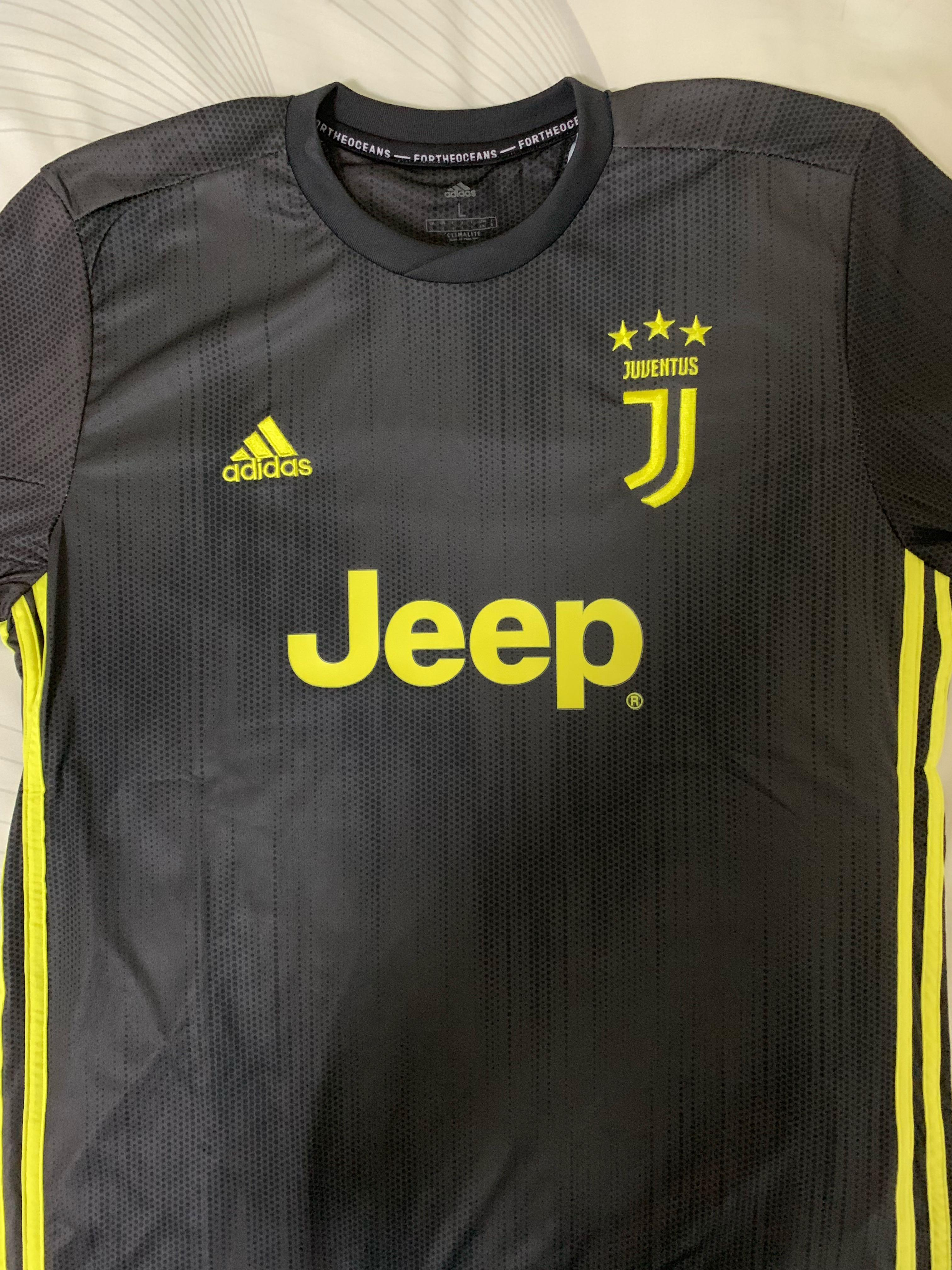 the best attitude 16ef9 76708 Juventus Away 18/19 3rd Kit, Sports, Sports Apparel on Carousell