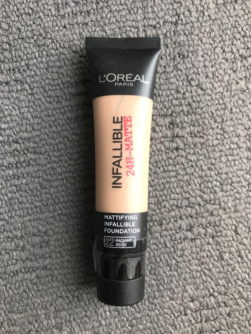 L'oreal Infallible Matte Foundation 22 Radiant Beige NEW