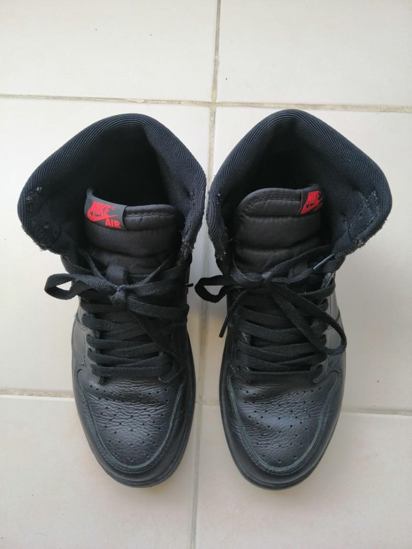 Nike Air Jordan 1 Retro High OG Triple