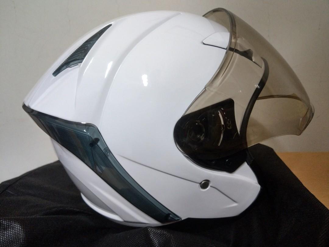 R安全帽3/4,便宜出售,全新未戴。