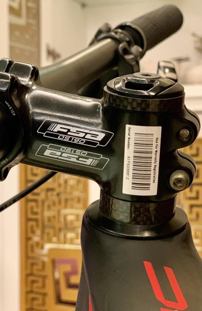 Sepeda MTB Specialized Epic Elite Carbon World Cup 29 Mulus