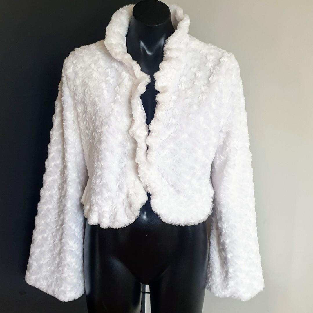 Women's size 16 'ELIE' Stunning long bell sleeve crop fluffy jacket bolero - AS NEW