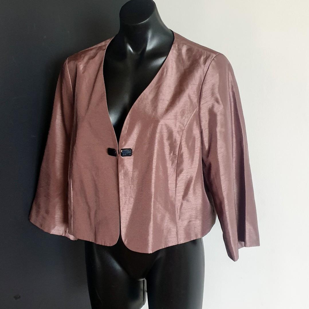 Women's size 16 'KATIES' Gorgeous occeasonwear long sleeve crop jacket