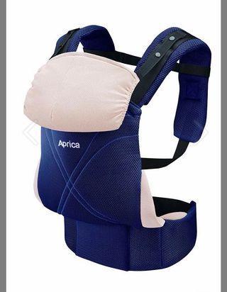 Aprica 嬰兒背帶初生可用,買時900蚊9成半新,現450
