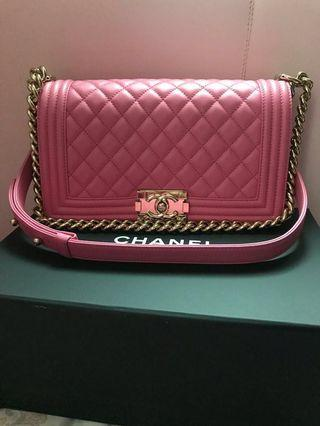 🈹🈹🈹新同 Chanel Boy 25cm (Barbie pink)